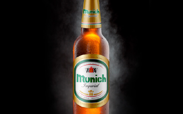 Design of bottle labels for Munich Royal, Imperial and Premium beer, Emcesa, Paraguay - Imaginity